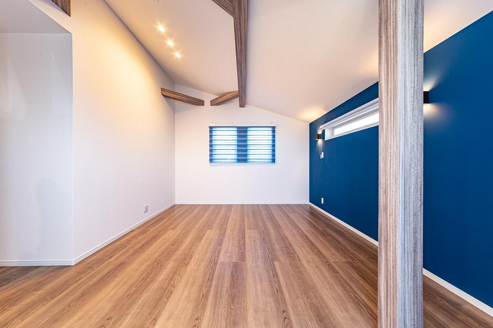 勾配天井の居室